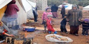 Suriye'de çadırda anne olmak