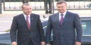 Ukrayna'da Türkler 60 gün vizesiz kalacak