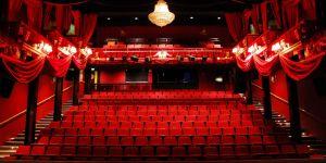 Tiyatroya ilgi azaldı