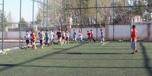 Yavuzeli İlçesinde Futbol Yaz okulu açıldı