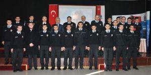 Polis adaylarına liderlik konferansı