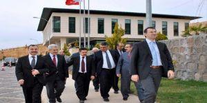 Anayasa Mahkemesi'nden HKÜ' ye övgü