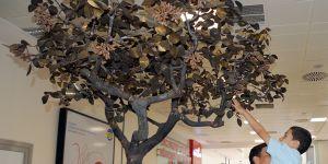 Bakırdan ağaç yaptılar
