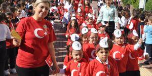 Kolej'de Cumhuriyet coşkusu