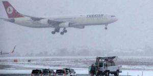 Son dakika.. Gaziantep'te kar hızlanınca uçak seferleri tekrar iptal