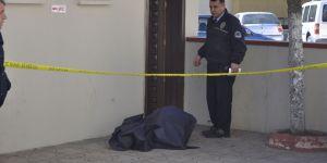 - Kadınlar tuvaletinde erkek cesedi bulundu