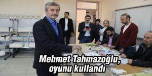 Mehmet Tahmazoğlu, oyunu kullandı