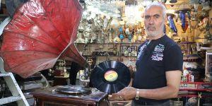 Gramofonlar antikacıların gözdesi