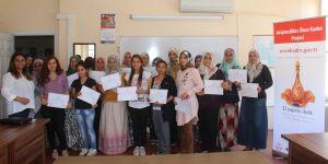 'Önce Kadın'da sertifika töreni