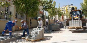 Merveşehir'de kaldırımlar yenilendi