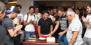 Sami'ye sürpriz kutlama