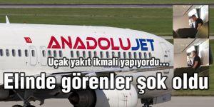 Yakıt ikmali yapan uçağa sigarayla gelince ortalık karıştı!