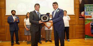 Şehitkamil'e spor ödülü verildi