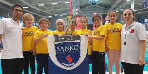 Sanko okulları havuzda farkını gösterdi