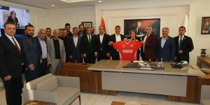 Muhtar Spor'dan, Başkan Şahin'e ziyaret
