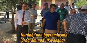 Nurdağı'nda bayramlaşma programında ilk yaşandı