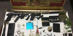Uyuşturucu tacirlerine baskın: 4 gözaltı