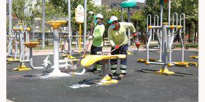 Parklarda temizlik dönemi