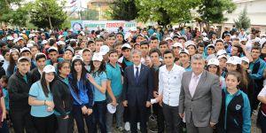 Tahmazoğlu, yeni eğitim öğretim yılını kutladı