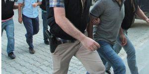 Jandarmaya hakaretten tutuklandılar