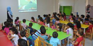 Öğrencilere beslenme eğitimi