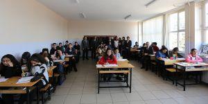Öğrencilerin Umre sınavı