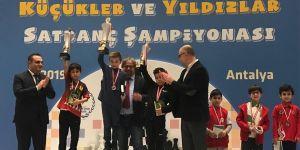 GKV'li sporcular satranç milli takımında