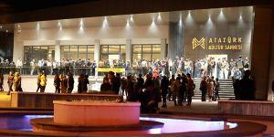 Tiyatro festivalini 10 bin kişi izledi