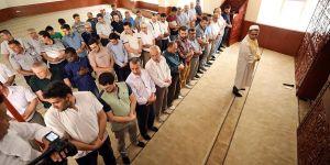 GAÜN'de giyabi cenaze namazı