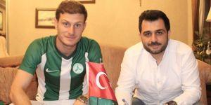 Ahmet Kesim imzaladı