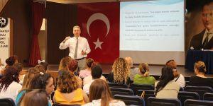 Kolej'den iletişim semineri