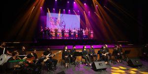 Büyüleyen konser