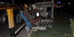 Traktöre arkadan çarptı: 5 yaralı