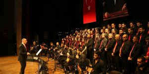 Kurtuluş Destanı Konseri'ne alkış