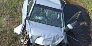 Otomobil dereye uçtu: 1 ölü 1 yaralı