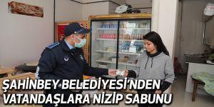 ŞAHİNBEY BELEDİYESİ'NDEN VATANDAŞLARA NİZİP SABUNU