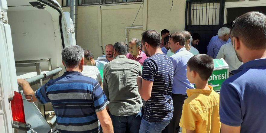 Kazada ölen gençlerin cenazeleri memleketlerine gönderildi