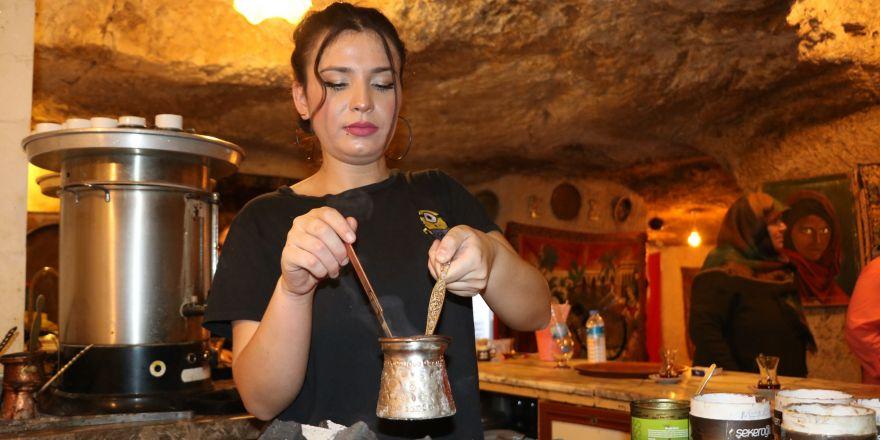 Menengiç kahvesi kadınların elinde lezzet buluyor
