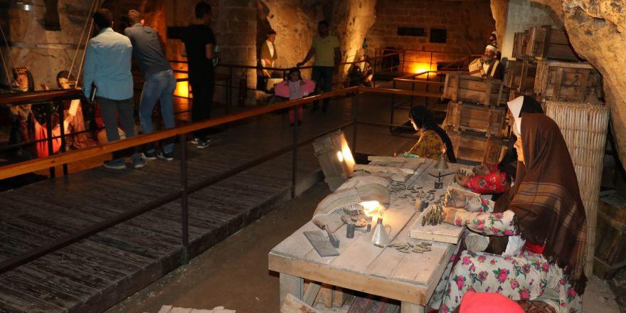 Mili mücadele müzesi ziyaretçilerini savaş dönemine götürüyor