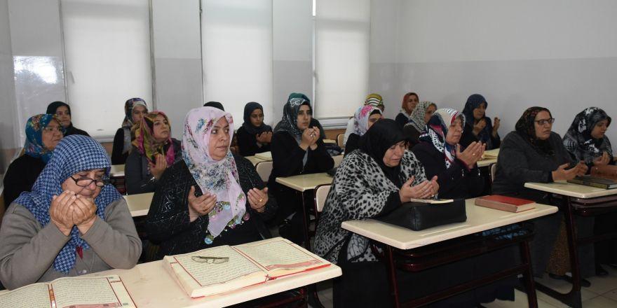 Şahinbey Belediyesi Tesislerinde Kur'an-ı Kerim öğreniyorlar