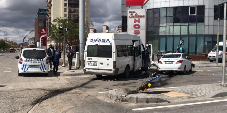 Gaziantep'te trafik kazası: 2 yaralı