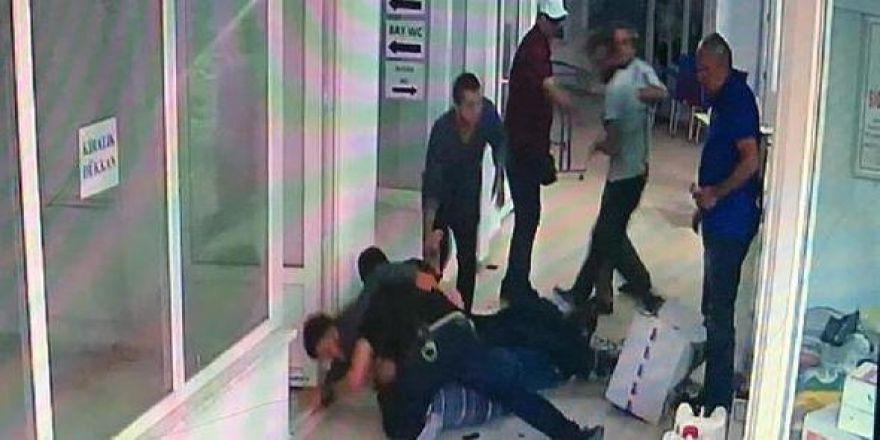 Polisin yakalama anı güvenlik kamerasında
