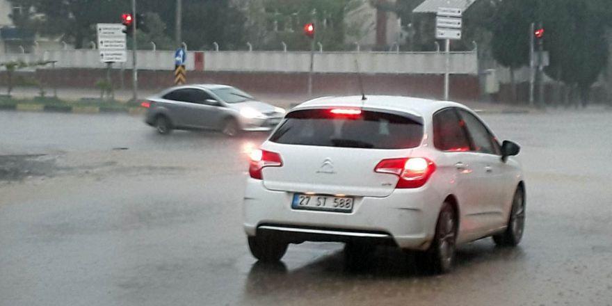 İslahiye'de şiddetli yağış