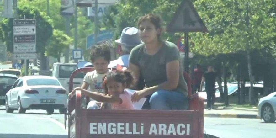 Gaziantep'te engelli motosikletinde tehlikeli yolculuk