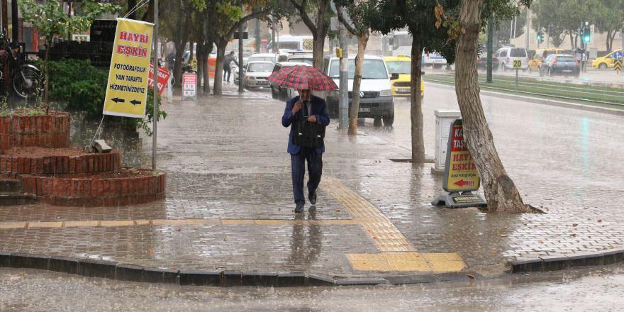 Gaziantep'te sağanak yağışlar nefes aldırdı