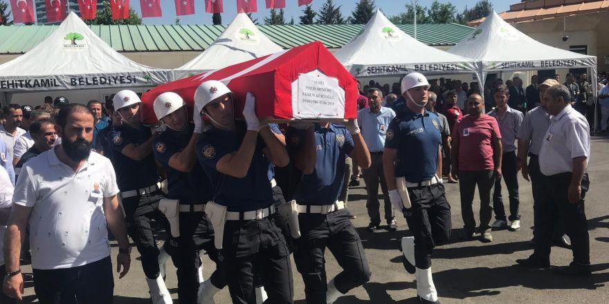 Kavgada vurulan polis törenle son yolculuğuna uğurlandı